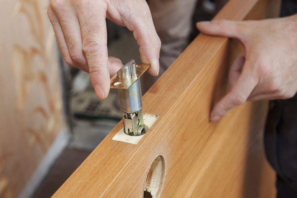 latch installation