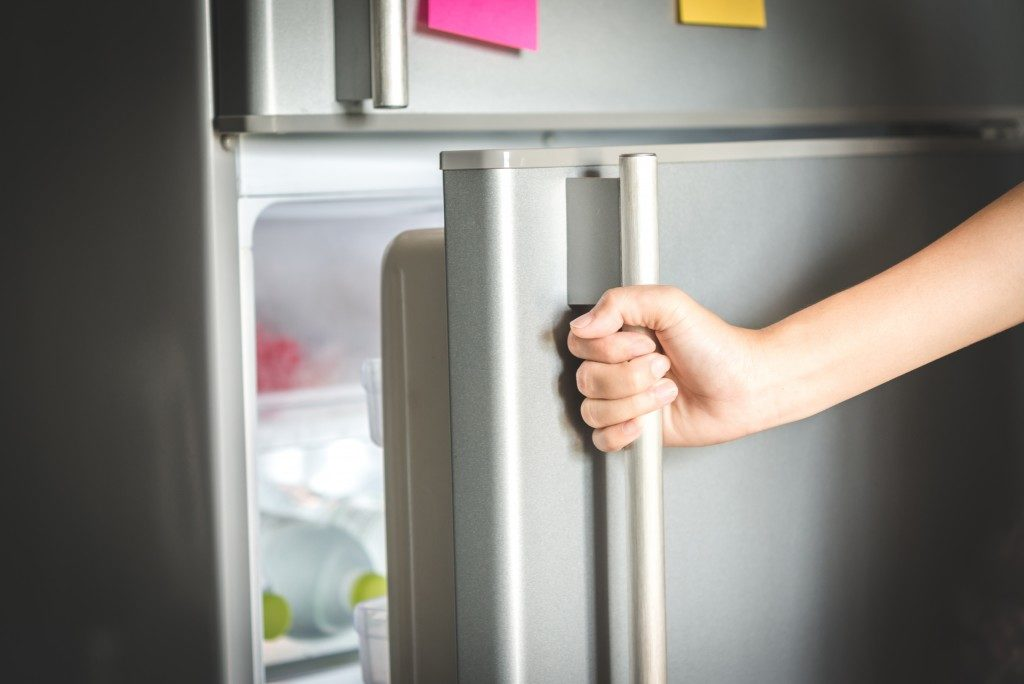 Does your fridge work fine?